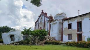 كنيسة تضررت جراء الزلزال الذي وقع في إبيات في جزيرة باتانيس شمال الفلبين. 27 يوليو/تموز 2019.