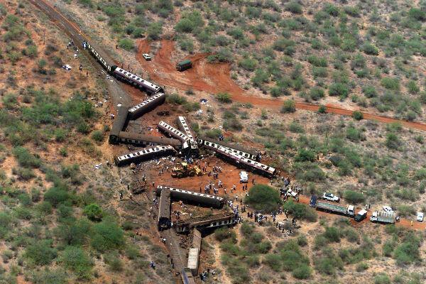 Le train reliant Nairobi à Mombasa s'est soudainement emballé, provoquant un impressionnant déraillement.