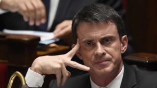 """""""Nous ne pouvons créer des apatrides"""", a souligné Manuel Valls."""