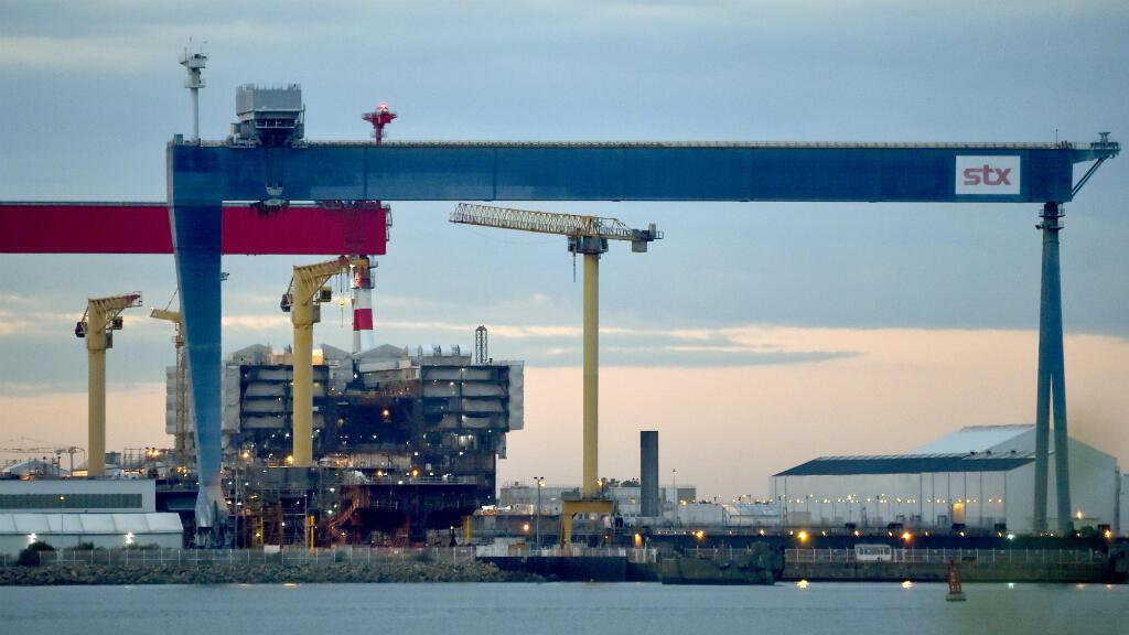 Vue du chantier naval STX de Saint-Nazaire.