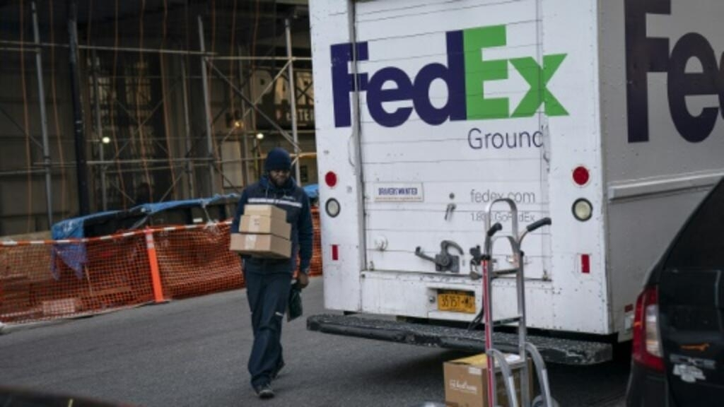 FedEx to test 'SameDay Bot' for local deliveries