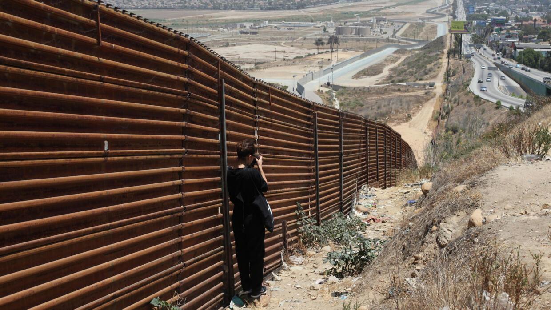 En images : à Tijuana, la photographe Kelly Dassault montre le quotidien des migrants