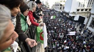 الحراك الشعبي في الجزائر. 3 يناير/كانون الثاني 2020.
