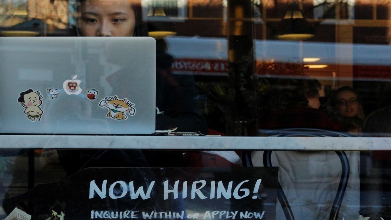 معدل البطالة في الولايات المتحدة الأمريكية يسجل أدنى مستوياته منذ 50 عاما