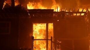 حرائق كاليفورنيا في 7 كانون الأول/ديسمبر 2017