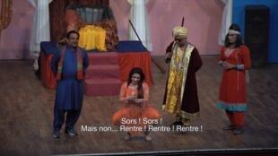Actuelles - Reportage Pakistan théâtre vulgaire