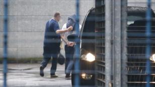Le policier interpellé samedi a été mis en examen.