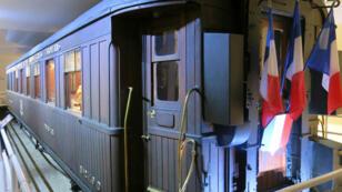 El vagón-restaurante 2419D que acogió en Compiègne, a unos 70 kilómetros al norte de París, Francia, al grupo de militares y diplomáticos que puso fin a la Primera Guerra Mundial.