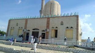 L'attentat a visé la mosquée al-Rawdah, dans la ville de Bir al-Abd, en pleine prière du vendredi.