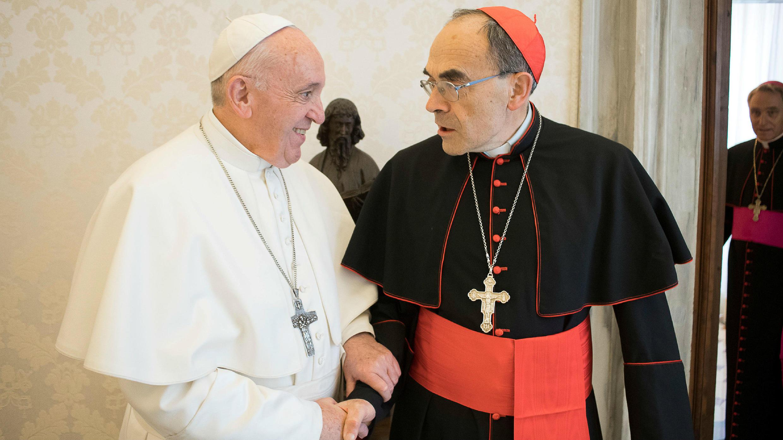 El papa Francisco recibe al cardenal francés Philippe Barbarin en el Vaticano. 18 de marzo de 2019.