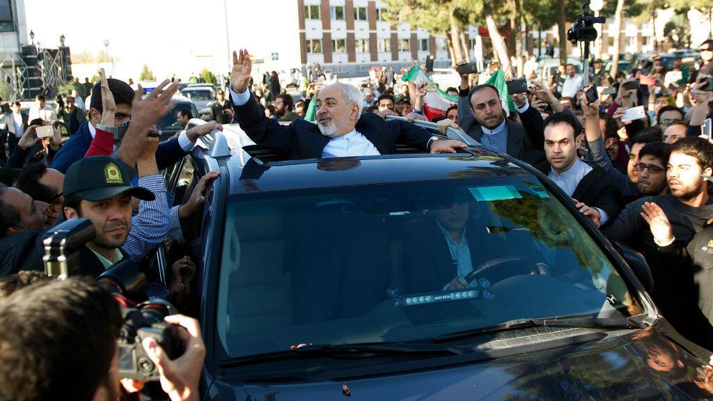 Mohammad Javad Zarif, le ministre des Affaires étrangères, a été accueilli en héros, vendredi 3 avril à Téhéran.