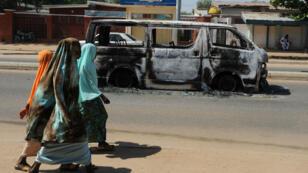 Scène de rue à Damaturu, capitale de l'État de Yobe, où une kamikaze a tué 7 personnes, le 15 février 2015.