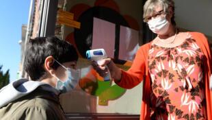 وفاة أول طفل يعاني من مرض شبيه بمتلازمة كاواساكي في فرنسا