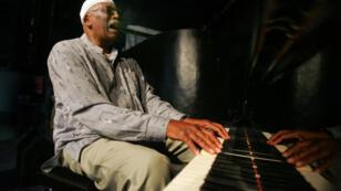 Randy Weston en répétition, le 27 mai 2007 au Festival de jazz de Saint-Louis, au Sénégal.