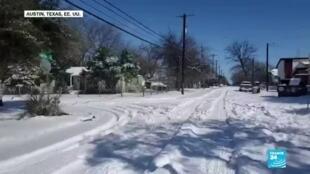 2021-02-17 13:36 La ola de frío en Texas ha provocado accidentes y cancelación de vuelos