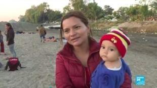 2020-01-22 09:12 Frontière mexicaine : Des centaines de migrants honduriens arrêtés et renvoyés chez eux