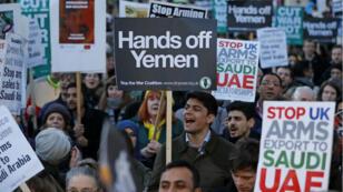 Des manifestants ont protesté contre la visite de Mohamed ben Salmane au Royaume-Uni, le 7 mars 2018.