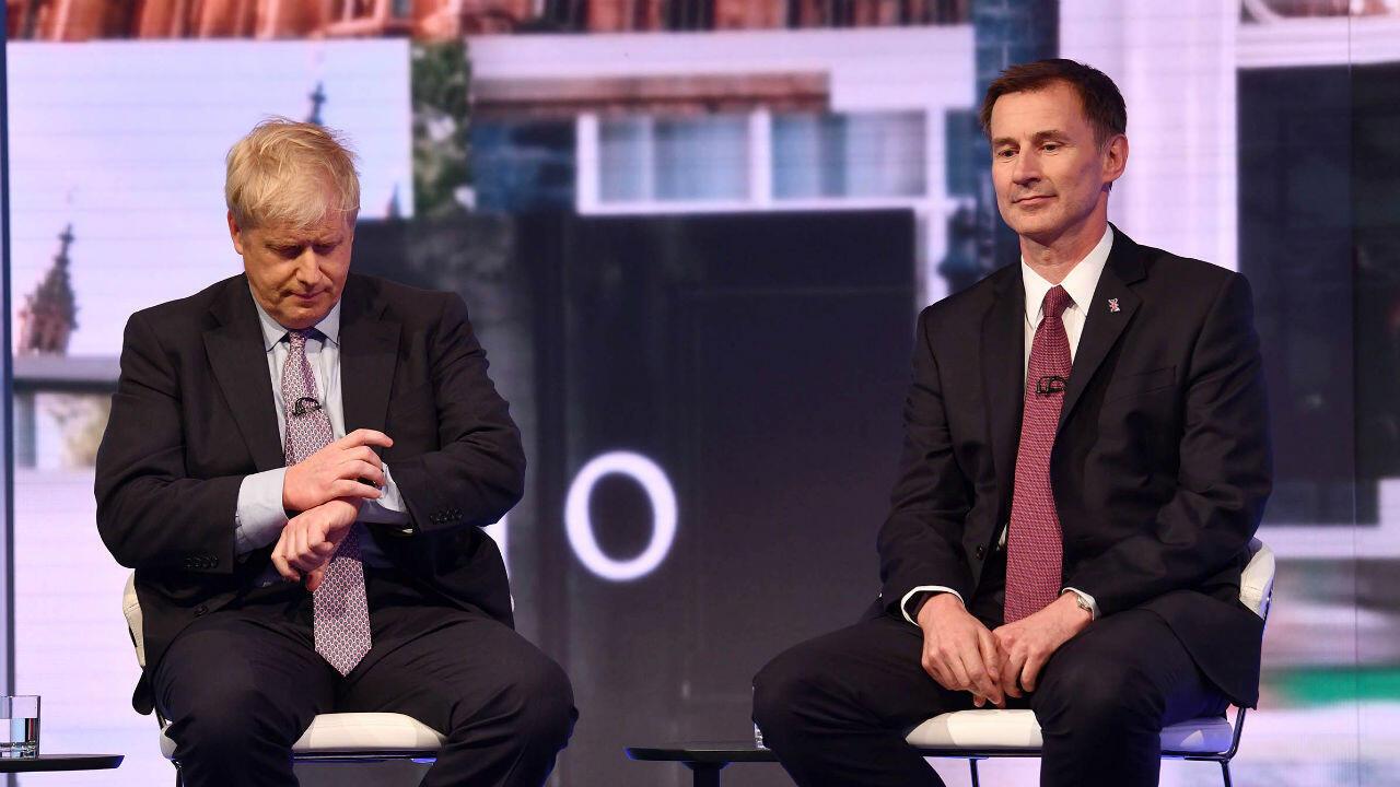 Boris Johnson y Jeremy Hunt participan en el debate entre los candidatos para sustituir a la primera ministra Theresa May el pasado 18 de junio