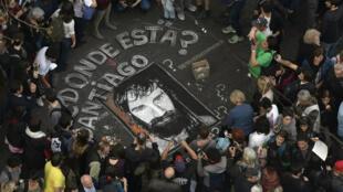 Une manifestation à Buenos Aires a rassemblé des milliers de personnes pour réclamer la vérité sur le sort de Santiago Maldonado, le 1er septembre.