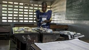مكتب اقتراع في كينشاسا غداة الاقتراع،  31 ديسمبر/كانون الأول 2018