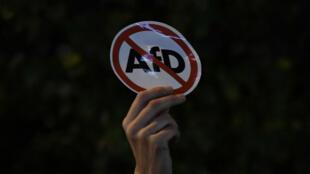 Après l'annonce de la percée historique de l'AfD aux législatives, des manifestations ont eu lieu dans plusieurs villes, comme à Berlin.