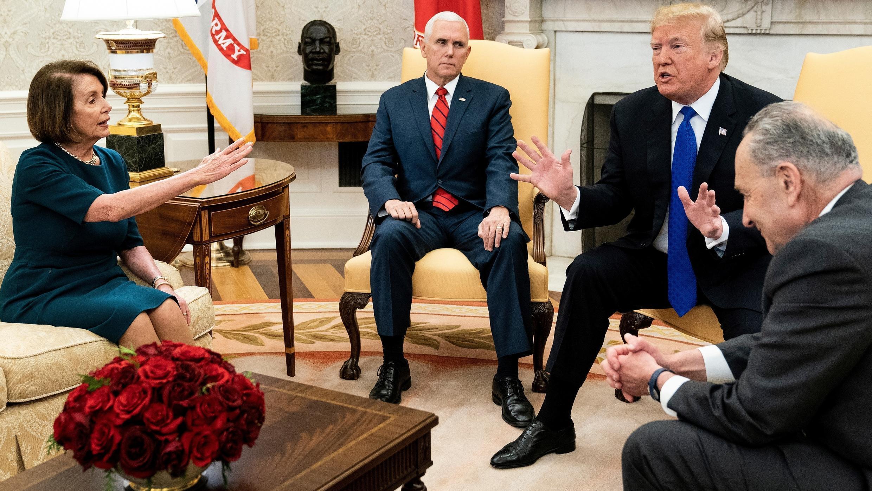Nancy Pelosi et Donald Trump se disputent à la Maison Blanche, le 11 décembre 2018.