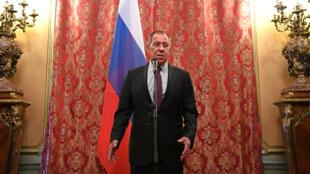 وزير الخارجية الروسي سيرغي لافروف في موسكو، في 10 نيسان/أبريل 2018.