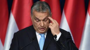 Vikto Orban déploie depuis plusieurs années une réthorique anti-immigration et  anti-européenne.