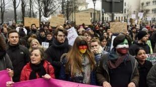 تظاهرة منددة بمرسوم الهجرة الذي أصدره ترامب،في برلين السبت 4 شباط/فبراير 2017