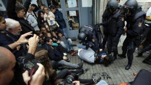 Au moins 92 personnes ont été blessées, dimanche 1er octobre, lors du référendum catalan.