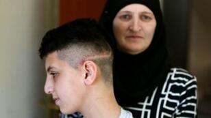 الفتى الفلسطيني أحمد أبو الحمص في القدس الشرقية في 7 أبريل 2016