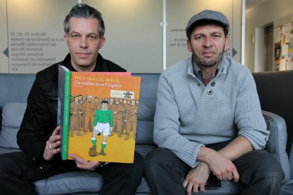 """Les deux scénaristes de la bande dessinée """"Un maillot pour l'Algérie"""" : Galic et Kris"""