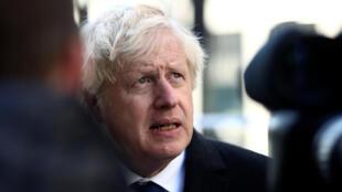 Boris Johnson s'est rendu sur les lieux de l'attaque du London Bridge, à Londres, samedi 30 novembre.