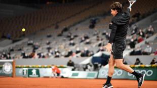 Dominic Thiem impressionnant contre Marin Cilic sur le central Philippe Chatrier à Roland-Garros, le 28 septembre 2020