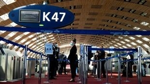 Au terminal 2 de l'aéroport Roissy-Charles de Gaulle, le 14 mai 2020