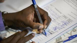 Les candidats à la présidentielle ont signé un code de bonne conduite, le 6 juillet à Bamako.