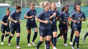 Les Bleues à l'entraînement, le 10 juin 2019, à Nice.