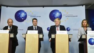 Des dirigeants européens lors d'une conférence de presse, à Bruxelles, le 11 janvier 2018.