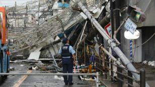 Des dégâts dans la ville d'Osaka, le 4 septembre 2018.