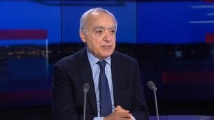 FR NW ENTRETIEN CLEAN GHASSAN SALAME 1013