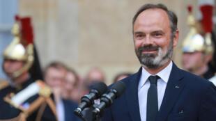 Edouard Philippe lors de la passation des pouvoirs le 3 juillet 2020 avec Jean Castex