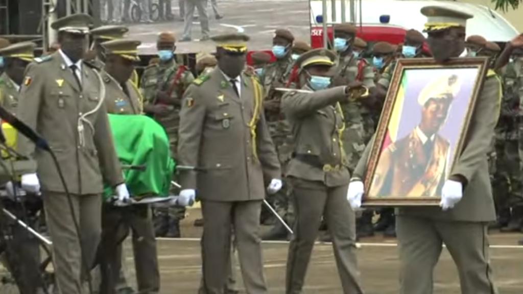 Au Mali, l'ex-dictateur Moussa Traoré inhumé à Bamako après des obsèques nationales
