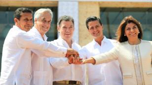 Los presidentes Ollanta Humala de Perú, Sebastián Piñera de Chile, Juan Manuel Santos de Colombia, Enrique Peña Nieto de México y Laura Chinchilla de Costa Rica en Cartagena, Colombia, el 10 de febrero de 2014