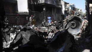 Crash-Karachi