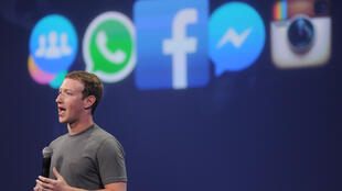 """Mark Zuckerberg, PDG de Facebook, assure que 99 % des informations publiées sur le site sont """"authentiques""""."""