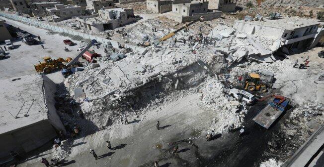 Edificio donde se registró una explosión en la provincia septentrional de Idleb, el 12 de agosto de 2018.