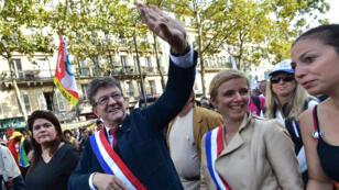 Des milliers de manifestants ont répondu à l'appel de La France insoumise, samedi 23 septembre, à Paris.