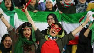 Plusieurs milliers de femmes ont pu assister, le 10 octobre 2019, à un match de football en Iran.