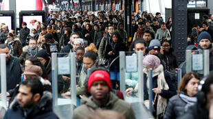 The woes continued in Paris on the 19th day of a transit strike.