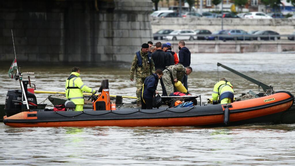 Several killed, captain arrested after Hungarian tourist